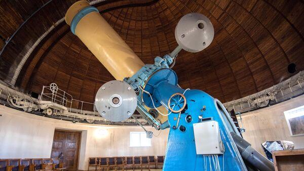 48-дюймовый (122-сантиметровый) телескоп фирмы Carl Zeiss в Крымской астрофизической обсерватории РАН