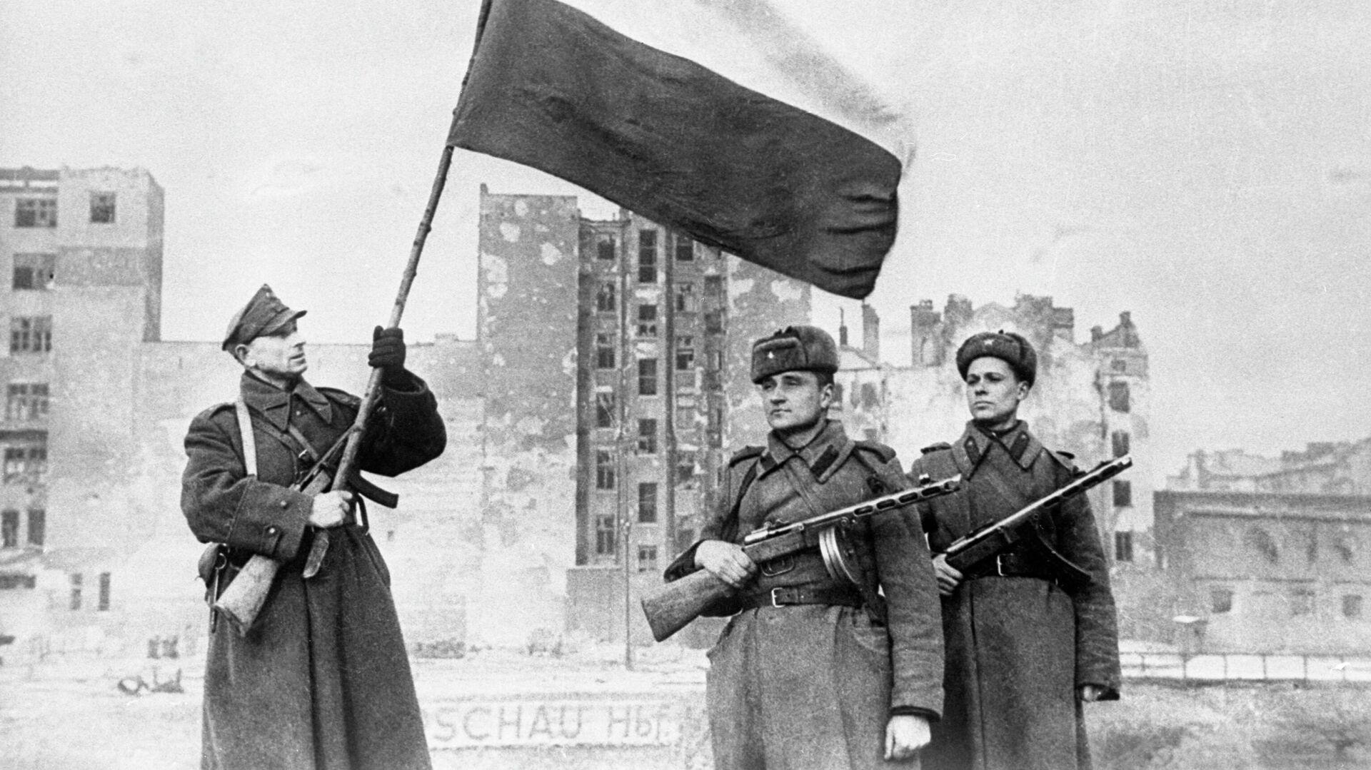 Освобождение Польши от немецко-фашистских захватчиков. Варшавско-Познанская наступательная операция частей Красной Армии и Войска Польского .14—17 января 1945 г - РИА Новости, 1920, 07.05.2021