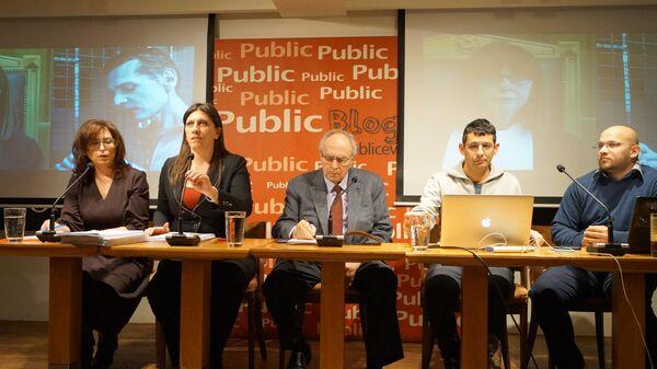 Адвокаты россиянина Александра Винника во время пресс-конференции