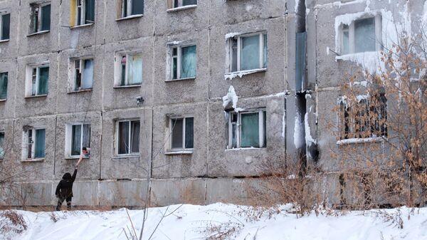 Здание бывшего общежития высшего военного авиационного инженерного училища в Иркутске