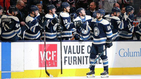 Хоккеисты Коламбус Блю Джекетс в матче НХЛ против Виннипег Джетс