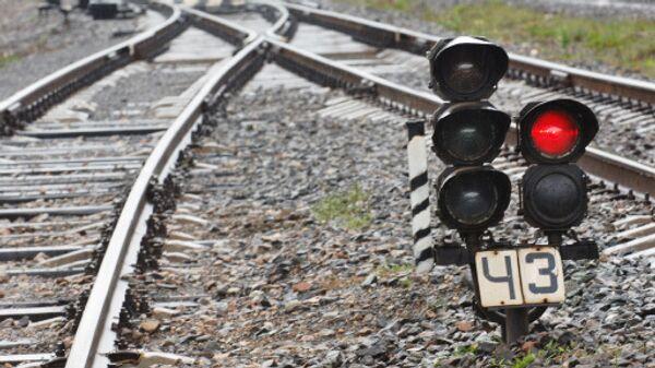 Два вагона пассажирского поезда Ереван-Батуми сошли с рельсов