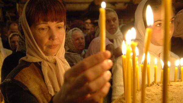 Рождественская служба в церкви Андрея Рублева в Москве. Архивное фото