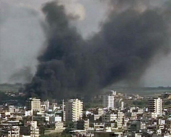 Израильская авиация бомбит сектор Газа
