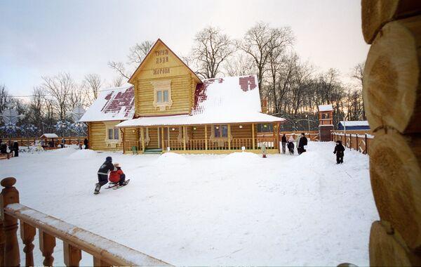 Московский парк Кузьминки. Архив