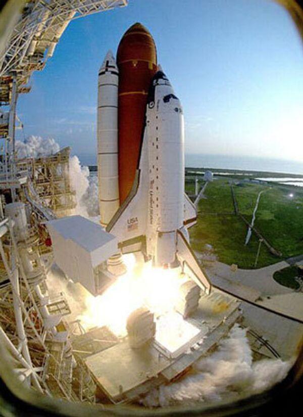 Астронавты готовятся к посадке шаттла - НАСА
