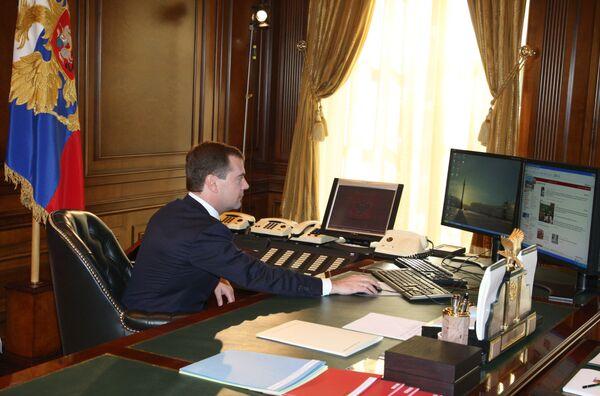 Президент России Дмитрий Медведев выступает за разумное правовое регулирование интернета