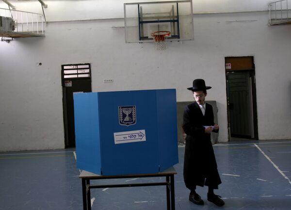 После объявления предварительных итогов, прошедших 10 февраля в Израиле парламентских выборов, сразу две партии объявили о своей победе