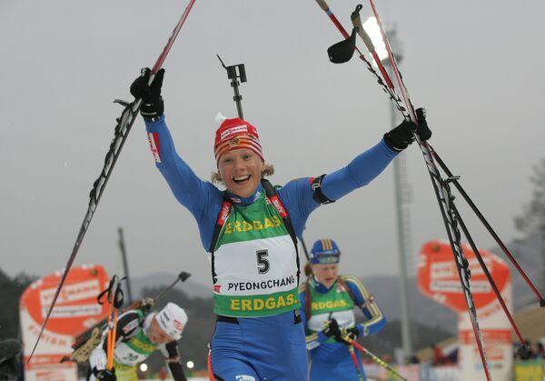 Россиянка Ольга Зайцева победила в масс-старте на чемпионате мира по биатлону