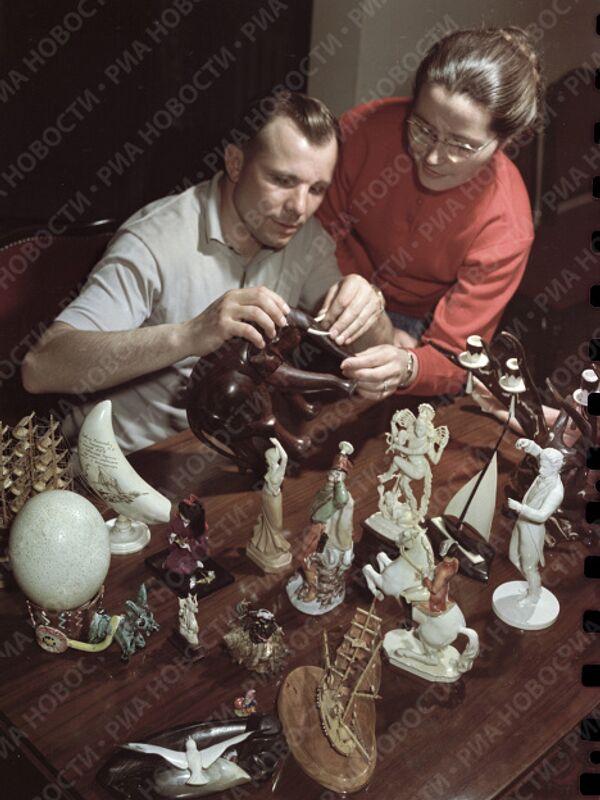 Гагарин с женой Валентиной