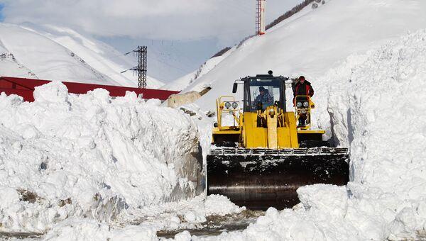 Обнаружено тело одного из железнодорожников, попавших под лавину на Сахалине