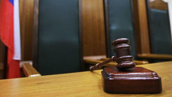 Решать, нарушает ли закон о СМИ телепроект Дом-2 при всей его противоречивой репутации, может только суд