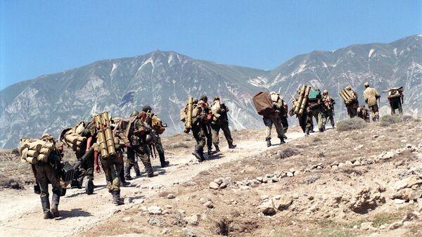 Подразделения ВДВ РФ в Дагестане в связи с вторжением бандформирований из Чечни