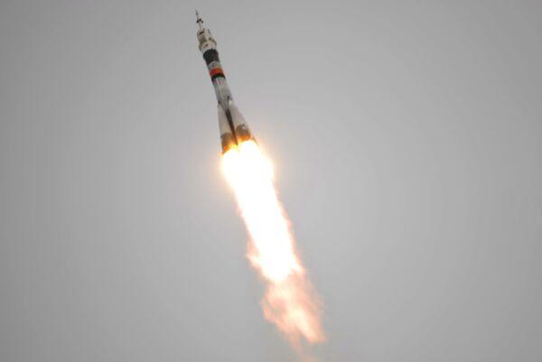 Союз вывел на орбиту южноафриканский микроспутник SumbandilaSat