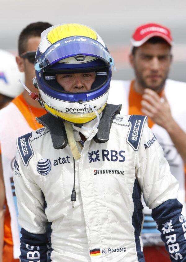Нико Росберг во время второй практики Гран-при Испании
