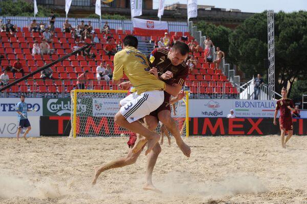 Четвертьфинальный матч Кубка Европы по пляжному футболу Россия - Испания