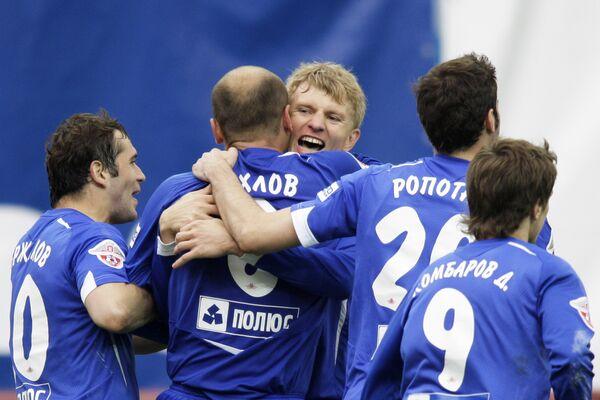 Игроки московского Динамо празднуют победу над Зенитом
