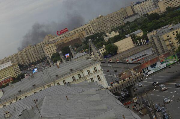 Пожар на Дубининской улице в центре Москвы