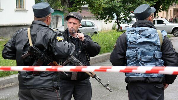 Неизвестные застрелили в среду министра строительства Ингушетии Руслана Амерханова