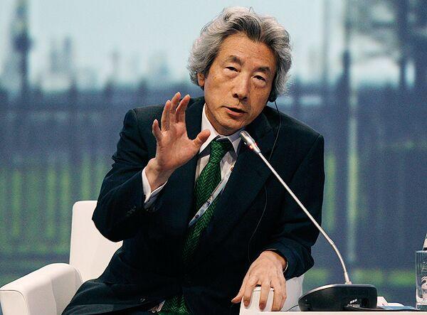 Японский политик  Дзюнъитиро Коидзуми