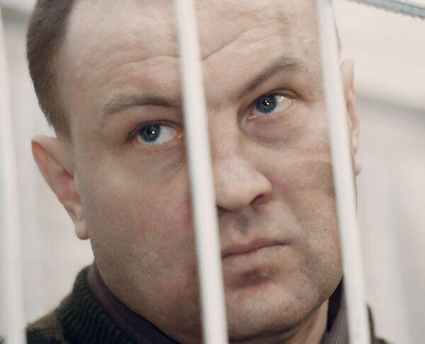Полковник Юрий Буданов в зале суда