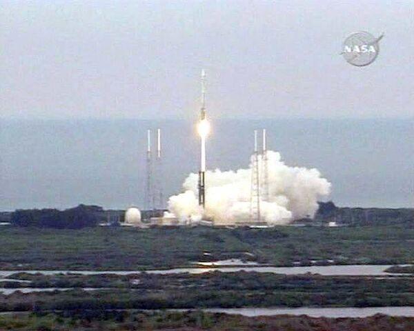 НАСА успешно запустило ракету с  зондами для поиска воды на Луне