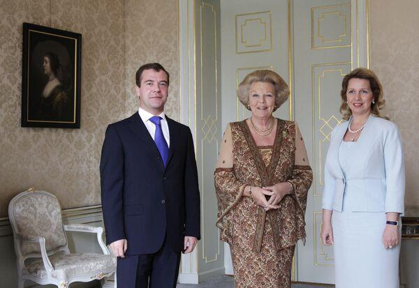 Встреча Дмитрия Медведева и Светланы Медведевой с королевой Нидерландов Беатрис в Гааге