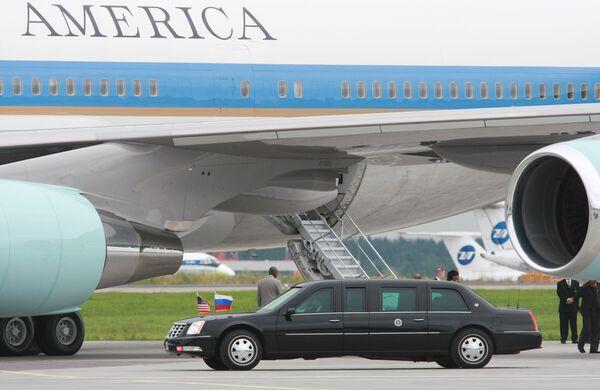 Самолет президента США Барака Обамы в аэропорту Внуково-2