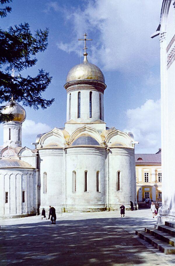Троицкий собор в Троице-Сергиевой Лавре. Архив