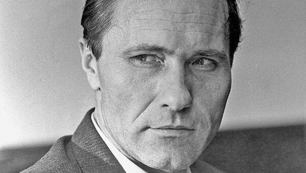 Писатель, режиссёр и актёр Василий Шукшин. Архивное фото