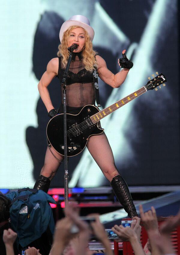 Концерт Мадонны на Дворцовой площади в Санкт-Петербурге