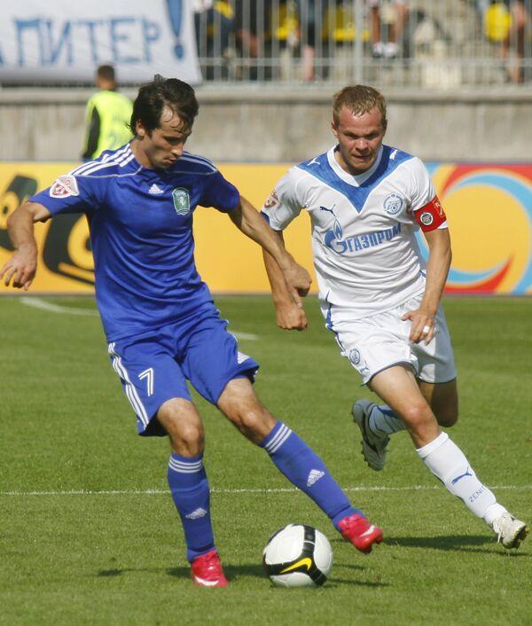Виталий Волков (Томь) и Александр Анюков (Зенит)