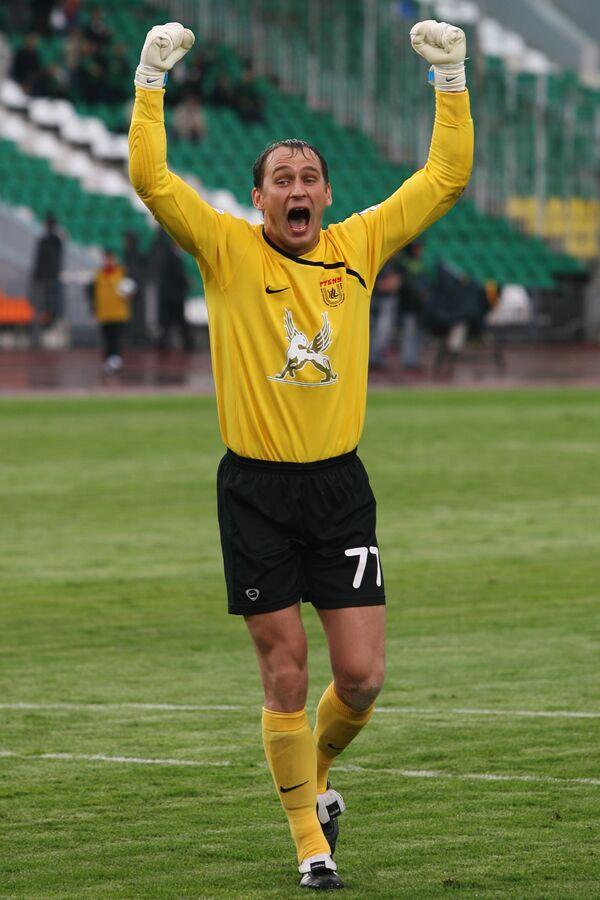Вратарь команды Рубин Сергей Рыжиков