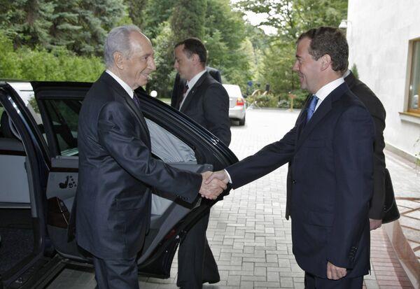 Президент РФ Дмитрий Медведев принял президента Израиля Шимона Переса