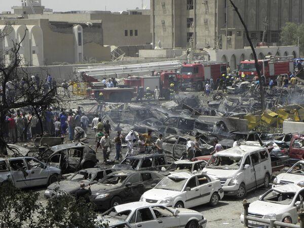 В Багдаде перед зданием МИД взорвался заминированный автомобиль
