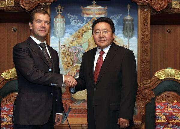 Встреча президентов России и Монголии Дмитрия Медведева и Цахиагийна Элбэгдоржа