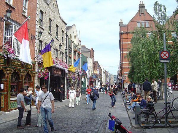 На улице Дублина