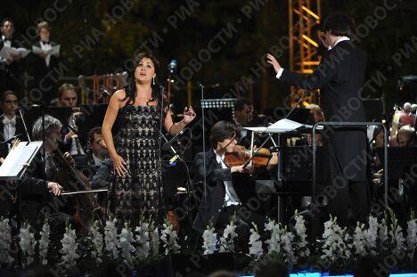 на концерте Великие голоса России