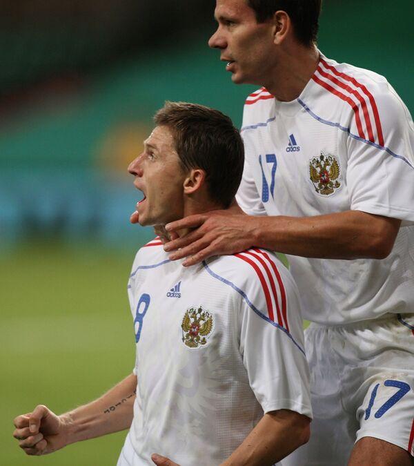 Игорь Семшов и Константин Зырянов (справа)