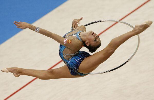 Гимнастка Канаева побила рекорд Оксаны Костиной на ЧМ в Японии