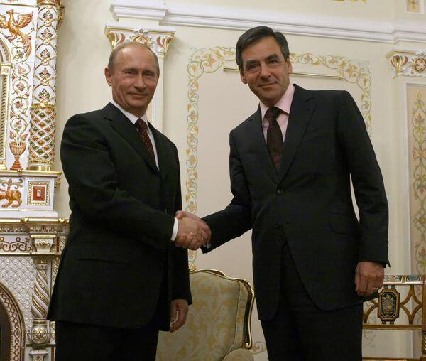 Путин привез во Францию множество коммерческих предложений, на которые Фийон должен ответить