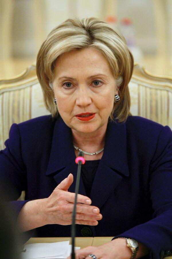 Клинтон надеется на продолжение Абдуллой работы на благо Афганистана