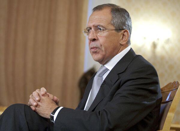 Лавров: к договору РФ и США по СНВ должны присоединиться третьи страны