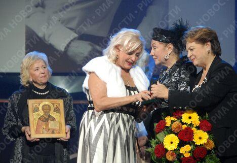 Празднование юбилея народного артиста России Николая Караченцова в Московском театре Эстрады
