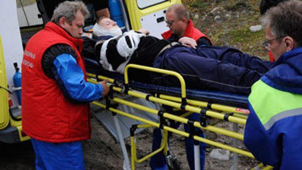 Бригады московских врачей выехали к месту аварии Невского экспресса