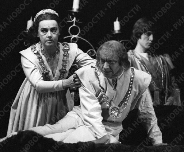 Граве, Парфаньяк и Шершнев в спектакле «Ричард III»