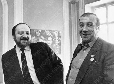 Писатели братья Вайнеры