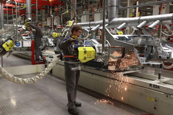 Работа завода Volkswagen в Калуге. Архив