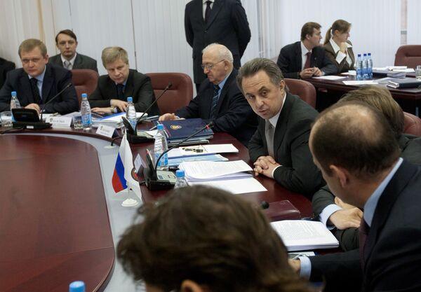 Исполком Российского футбольного союза принял отставку Виталия Мутко