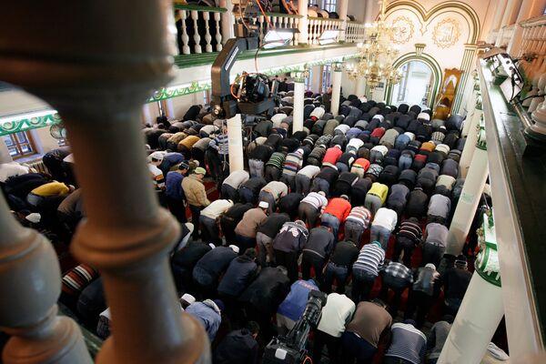 В Московской соборной мечети. Архив